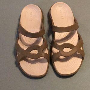 Crocs Size 8 Shoes